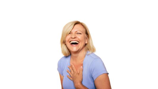 kobieta radosc tiande center 533x300 - CZY TE RZĘSY MOGĄ KŁAMAĆ?