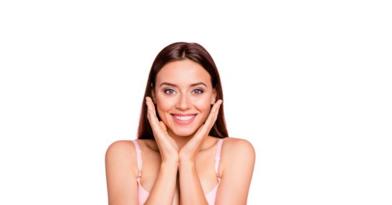 zlota karta 1280x628 1 768x402 - Demakijaż !!! Jak i czym zmyć makijaż?