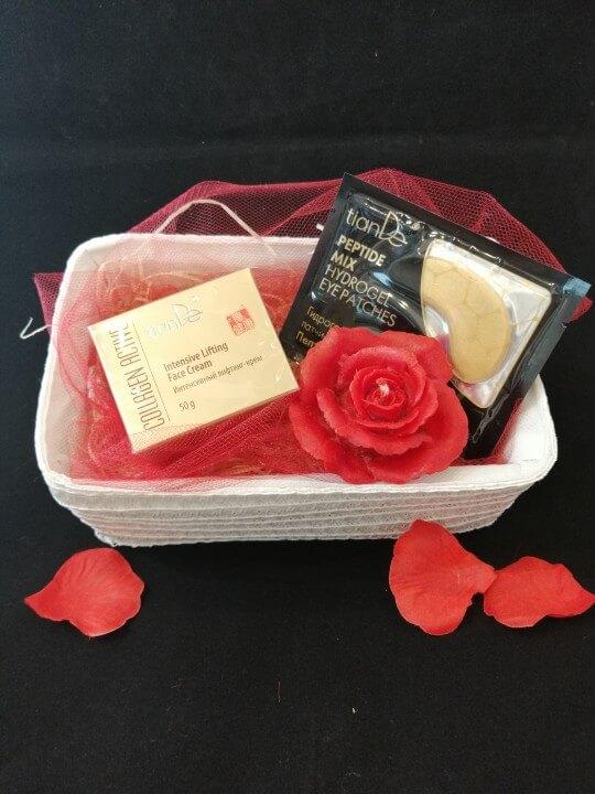 prezent walentynki roza tiande center 1 1 - PREZENT DLA NIEJ - zestaw 1